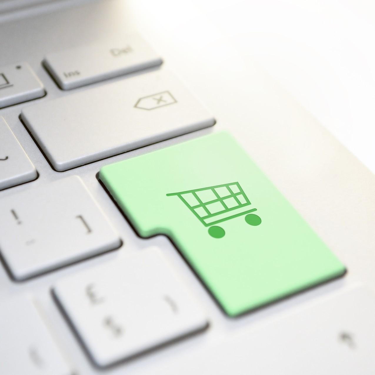 コロナ禍で売上拡大中 ネット通販の業界動向レポート